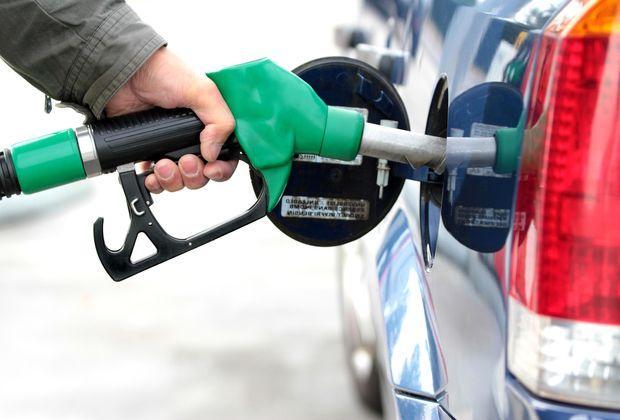 Правоохранители выявили на АЗС опасный бензин