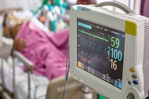 Заболеваемость пневмонией увеличилась в три раза: врачи отказываются это комментировать