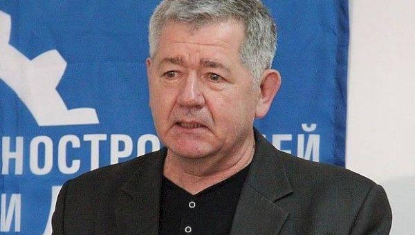 Аркадий Эстрин: «Чиновники включили тормоз»