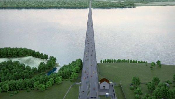 Блогер снял строительство моста через Волгу в Климовке