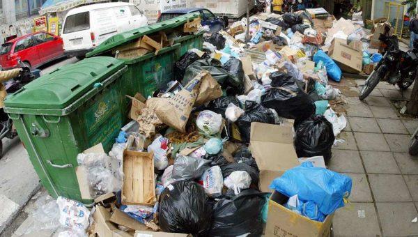 Жители области перестали платить за мусор