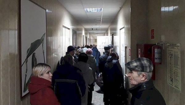 Тольяттинцы штурмуют офис «ЭкоСтройРесурса»