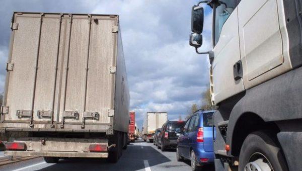 Введены ограничения для движения большегрузов через плотину Жигулевской ГЭС