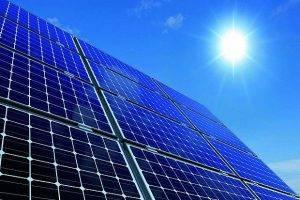 В Самарской области открыли первую в Поволжье солнечную электростанцию