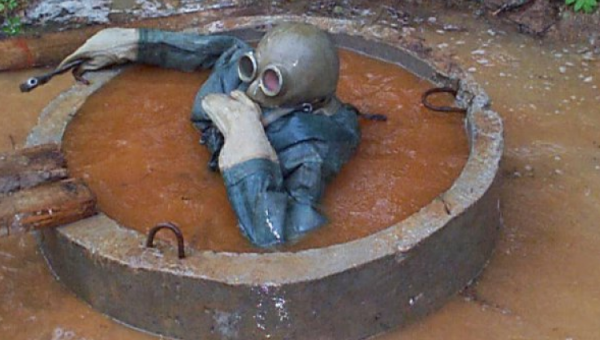 Самарцы наглухо забили городскую канализацию салфетками: вывезено шесть Камазов