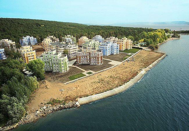 Прочь с пляжа: губернатор поручил очистить берег Волги от застройки